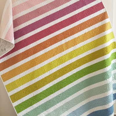 http://www.woodberryway.com/2018/02/muted-rainbow-stripe-quilt-tutorial.html