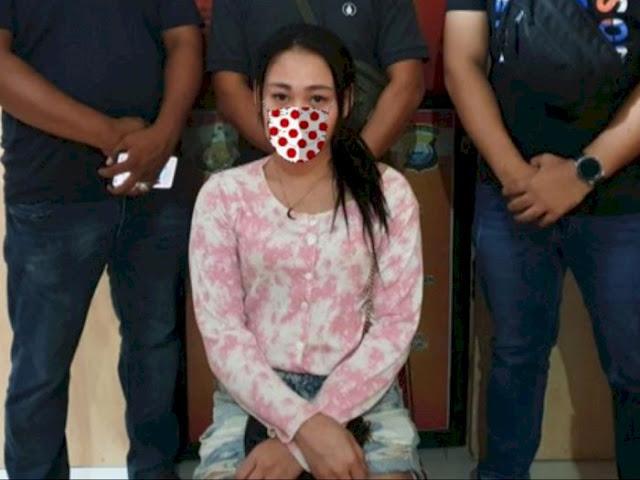 Berani Hina Polisi 'Munafik', Gadis Cantik Ini Ditangkap, Iphone 7 Plus Miliknya Disita