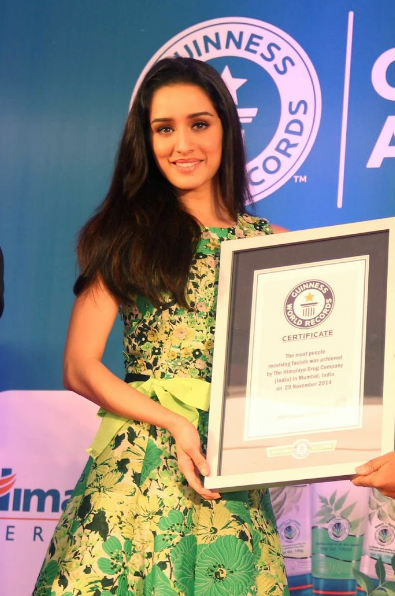 Shraddha Kapoor beautiful in pink + other HQ pics