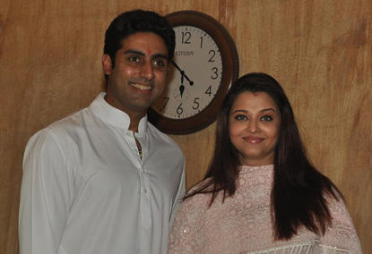 Aishwarya Rai Weight Gain Photos after Baby Delivery ...  |Aishwarya After Baby Birth