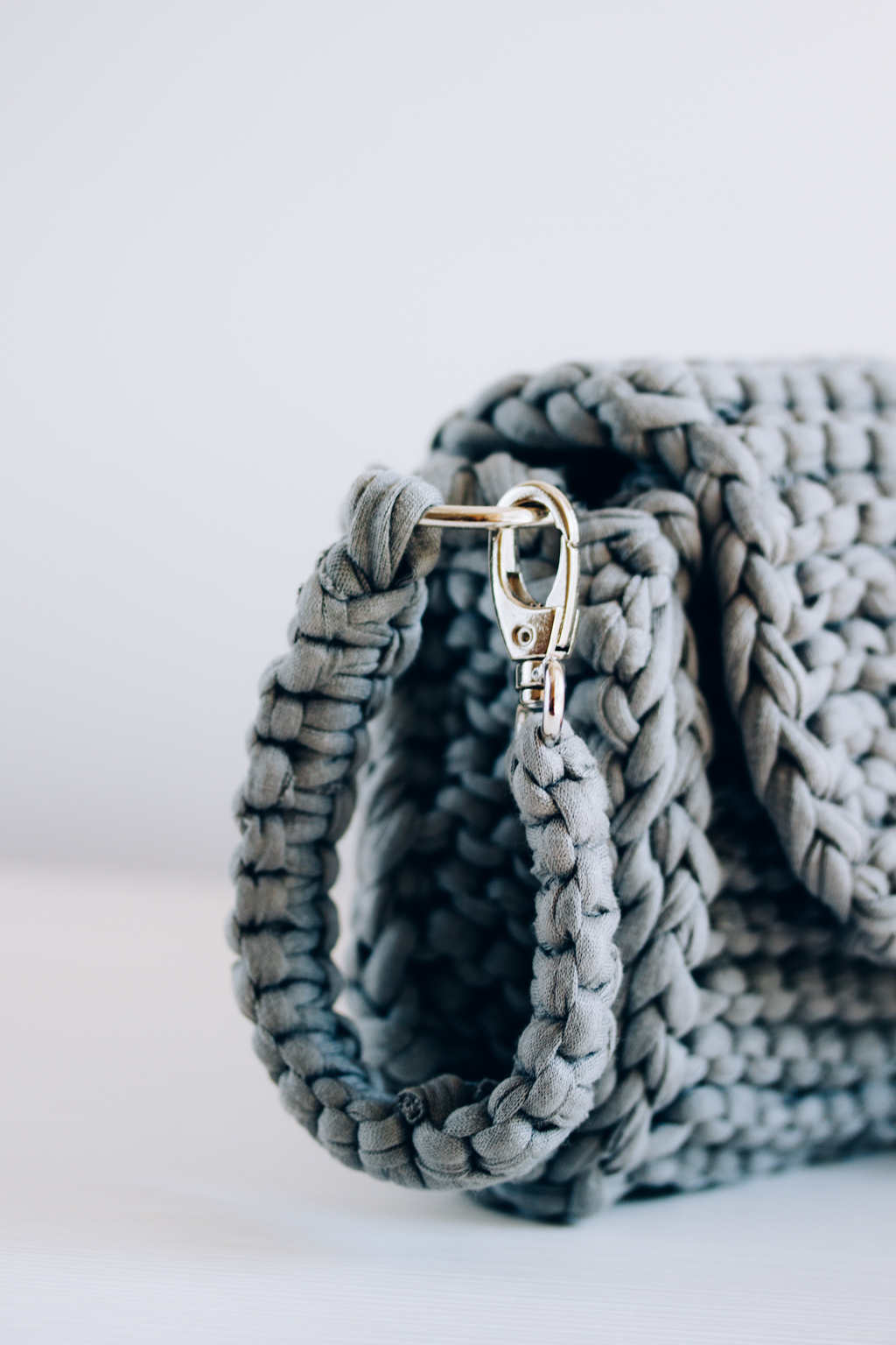 Knitted Clutch Bag. Free Tutorial