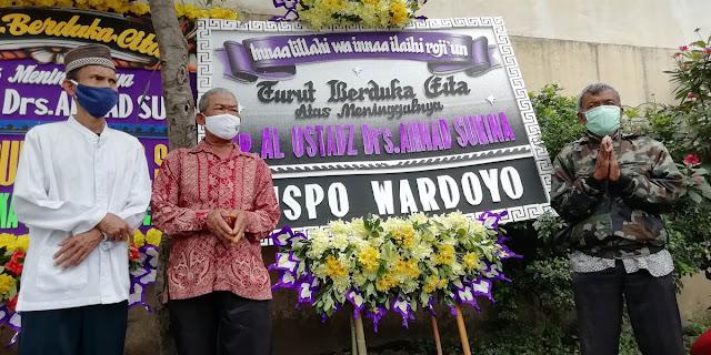 Karangan bunga Wong Solo