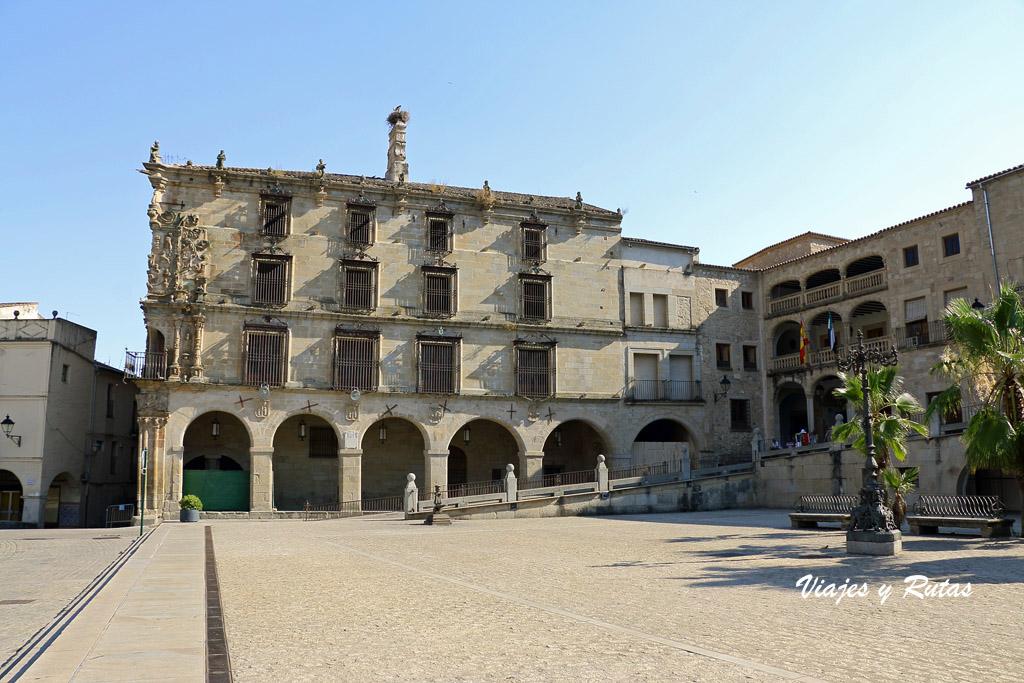 Palacio de los Marqueses de la Conquista y Ayuntamiento de Trujillo
