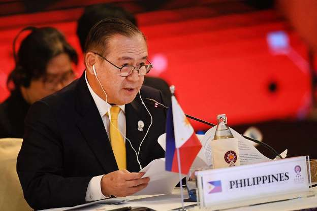 Menlu Filipina Sebut China sebagai Ancaman di Asia Tenggara