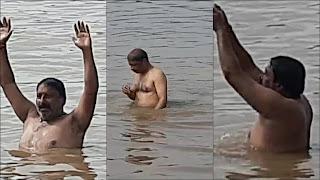 पोला अमावस्या पर हजारों श्रद्धालुओ ने नर्मदा नदी में आस्था की डुबकी लगाई