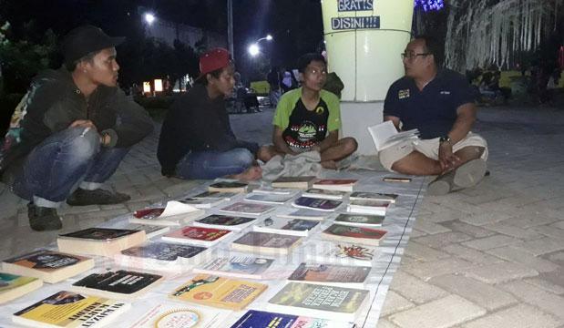 Komunitas sediakan baca buku gratis