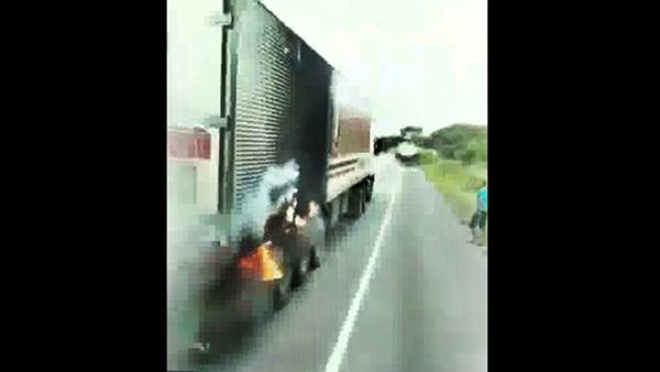 freio pega fogo caminhao