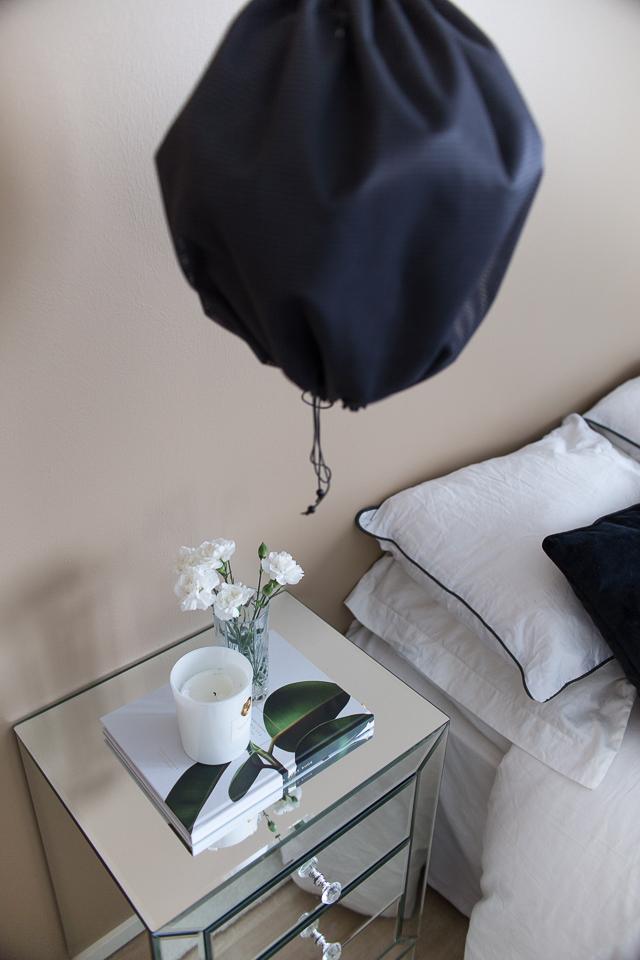 Villa H, makuuhuone, makuuhuoneen sisustus, yöpöytä