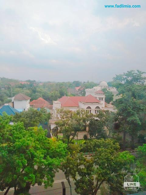 pemandangan dari kamar Le Polonia Hotel Medan