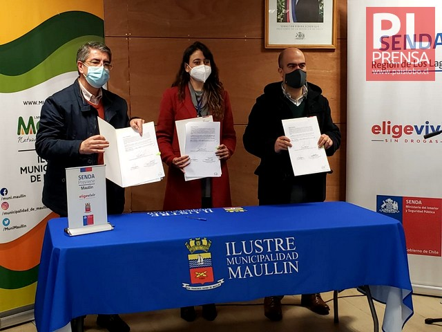 SENDA y Municipalidad de Maullín  firman acuerdos