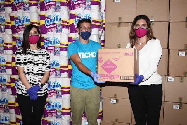 Grupo Familia dona productos a la Fundación TECHO