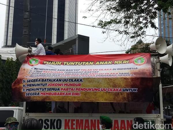 Massa Demo PA 212 Dkk Tuntut Batalkan UU Cipta Kerja