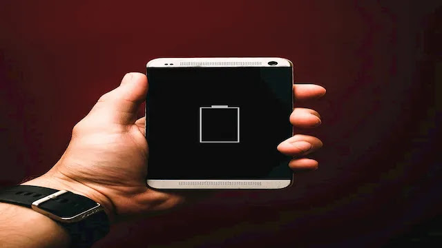 أفضل 5 تطبيقات لتوفير طاقة البطارية لنظام الأندرويد وطرق أخرى أيضًا!