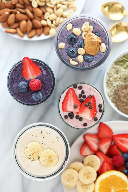 HOMEMADE PROTEIN SHAKES