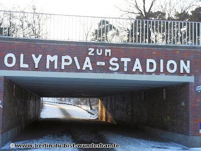 das olympische dorf und olympiastadion in berlin 4 berlin du bist wunderbar unbekannte orte. Black Bedroom Furniture Sets. Home Design Ideas