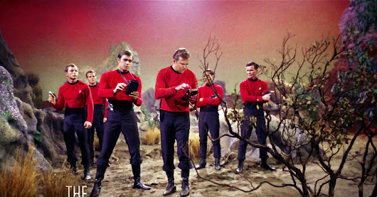 Trendacosta's Mathematician Boldly Claims That Redshirts Don't Actually Die the Most on Star Trek