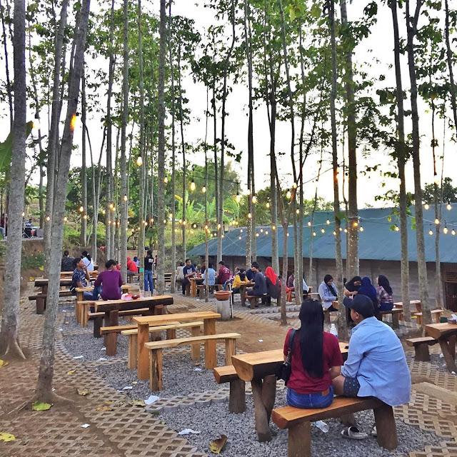 Alamat dan Daftar Menu Alas Trawas Cafe Mojokerto Jawa Timur Terbaru