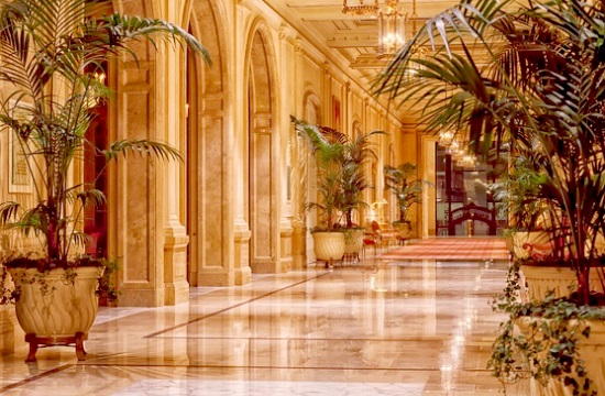 214 ξενοδοχεία της Χαλκιδικής έβαλαν ''πωλητήριο''