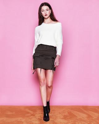 Diskon besar besaran Mini Skirt cantik