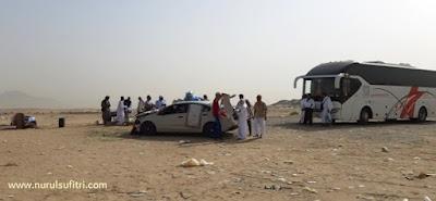 cerita pengalaman saya berkunjung ke peternakan unta camel farm di hudaibiyah arab saudi umroh alhijaz indowisata nurul sufitri travel lifestyle blogger review