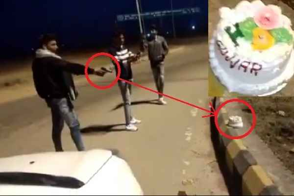 video-viral-cutting-cake-with-pistal-firing-in-meerut-up