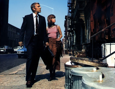 Klute - Jane and Don walking the streets