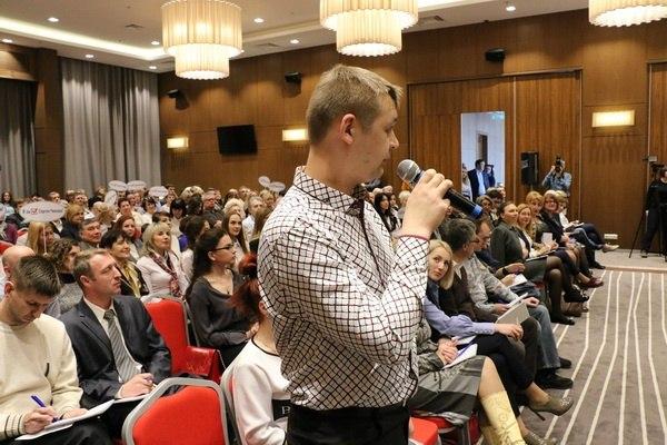 Свой среди своих: группа поддержки Александра Калиниченко