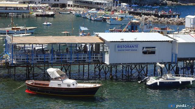 Ristorante bagni sant'anna a Marina Grande, Sorrento