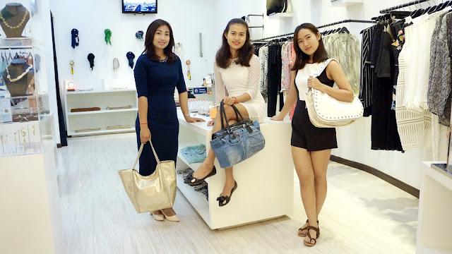 L'équipe de la boutique Le Marais à Phnom Penh