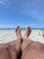 exposer à une quantité modérée de soleil de grandes parties de votre corps