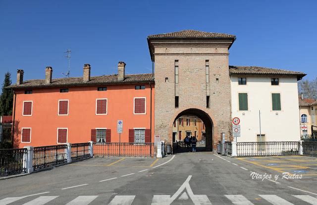 Puerta de la muralla de Fontanellato