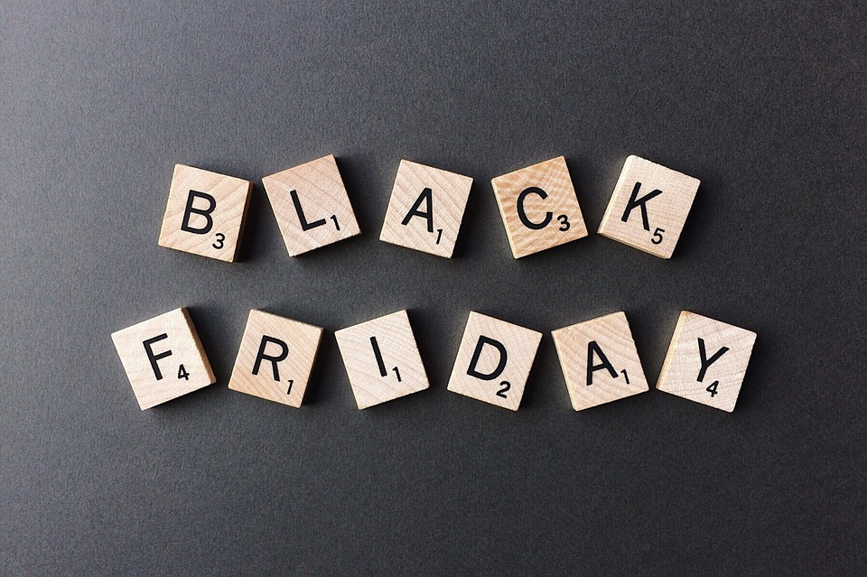 5 Black Friday Hacks And Money Saving Tips