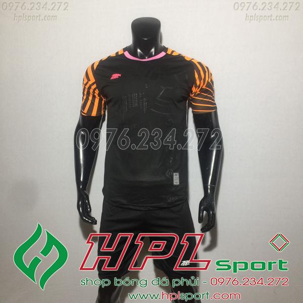 Áo bóng đá ko logo Eureka HAT VC  Màu Đen
