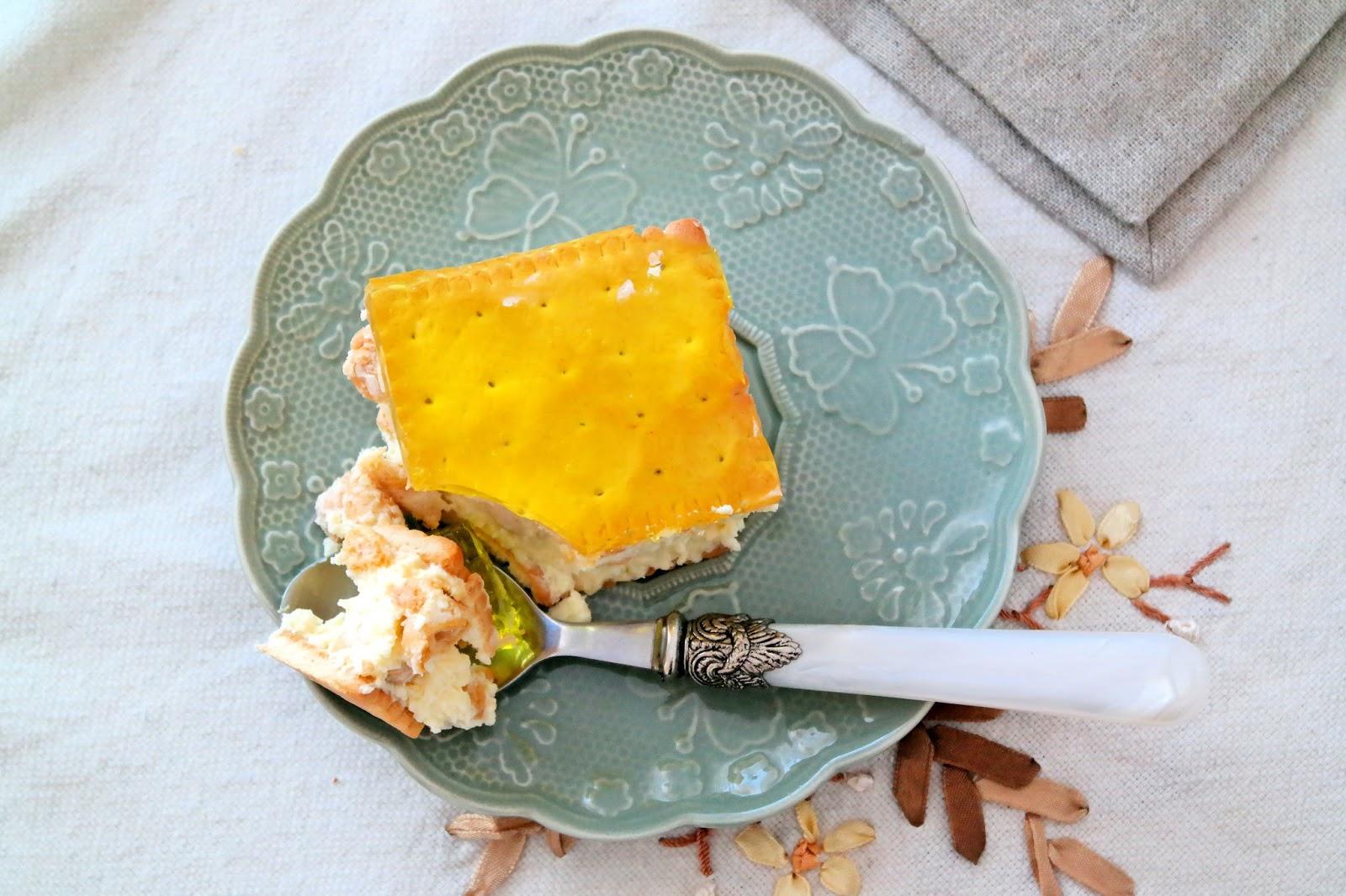 ciasto bez pieczenia z wiórkami kokosowymi