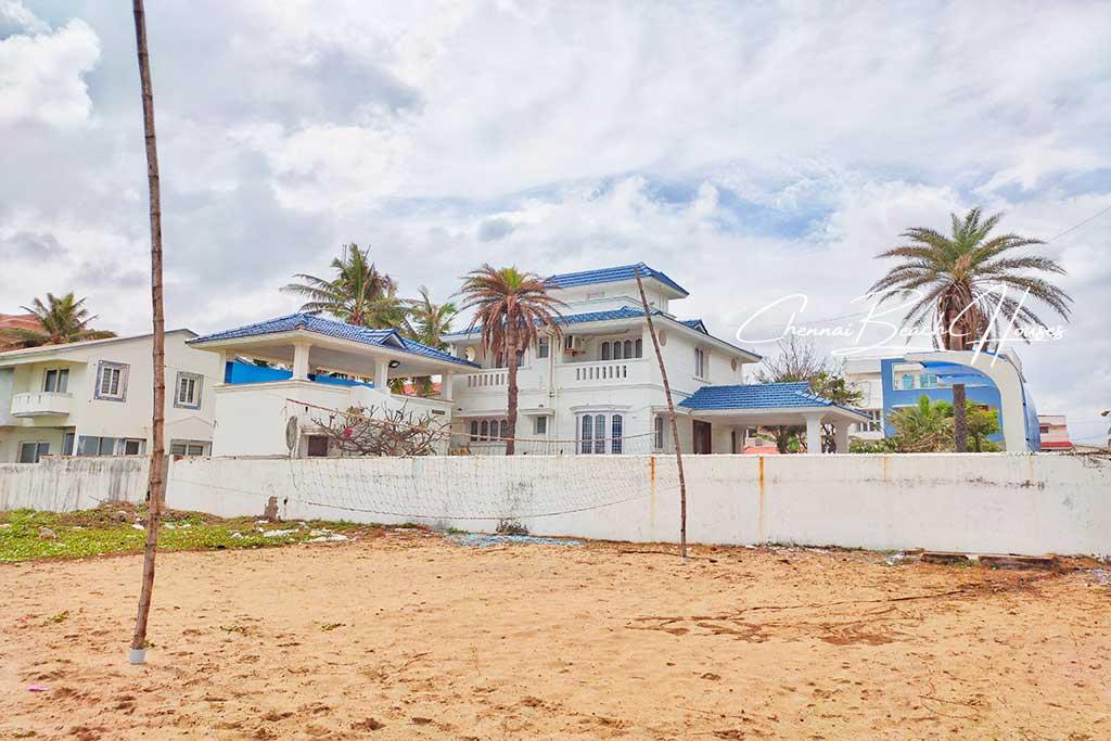 ivy beach house ecr location