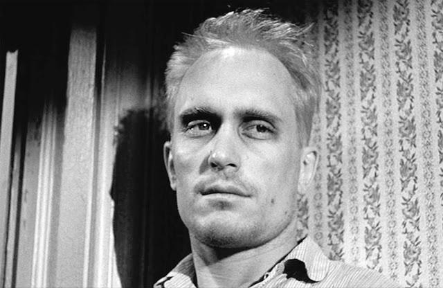 """Arthur """"Boo"""" Radley (Robert Duvall) dans Du silence et des ombres, réalisé par Robert Mulligan (1962)"""