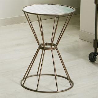 mesa auxiliar bronce redonda