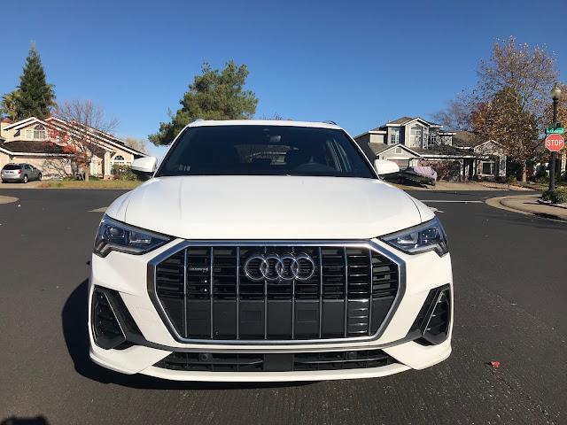 Front view of 2019 Audi Q3 S Line quattro
