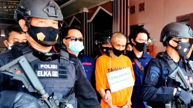 Pelaku Penusukan Syekh Ali Jaber Ngaku Sering Berhalusinasi Didatangi Syekh Jaber dalam Mimpi
