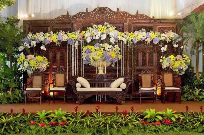 45 Model Dekorasi Pernikahan Adat Jawa Tengah Mewah