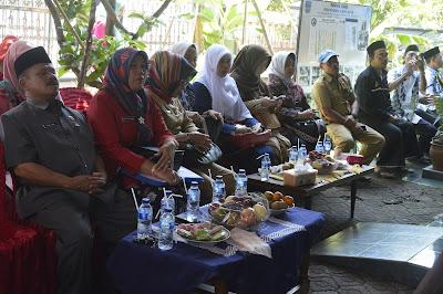 Penilaian lomba Posyandu Se Kabupaten Pangandaran yang sedang dilaksanakan di Desa Pananjung