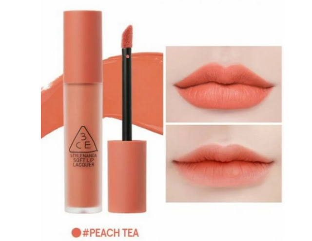 Lipstik warna peach