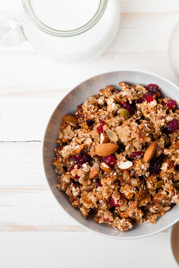the best #breakfast #recipes is Maple Almond Cranberry Granola for healthy morning breakfast for your family breakfast | recipes | easy breakfast | cranberry almond granola #breakfast #easy #easybreakfast #recipes