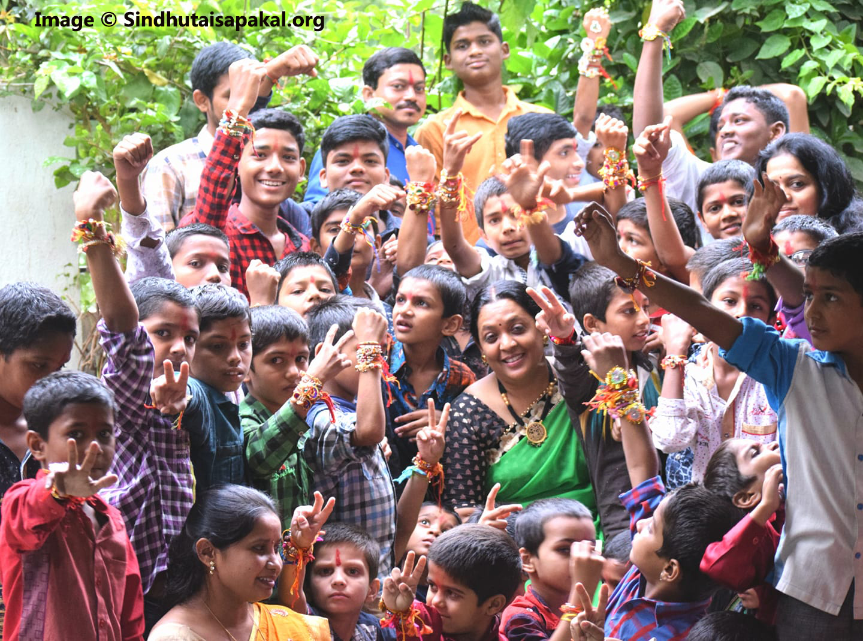 ಅನಾಥರ ಮಹಾತಾಯಿ - ಸಿಂಧೂತಾಯಿ ಸಪಕಾಲರ ಜೀವನ ಕಥೆ Life Story of Sindhutai Sapkal in Kannada