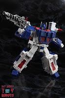 Transformers Kingdom Ultra Magnus 27