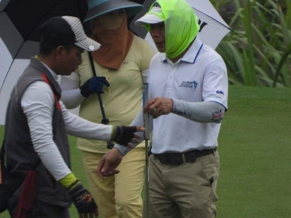 """Xây trái phép nhưng sân golf Kim Bảng vẫn đông khách, có phải cán bộ Hà Nam """"nhắm mắt"""" làm ngơ?"""