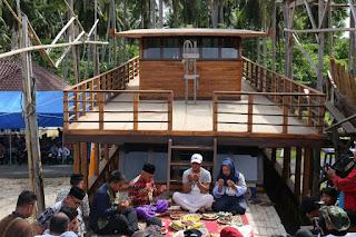 pembacaan doa peluncuran pinisi La Hila di Tanah Beru festival pinisi bulukumba sulsel makassar guide