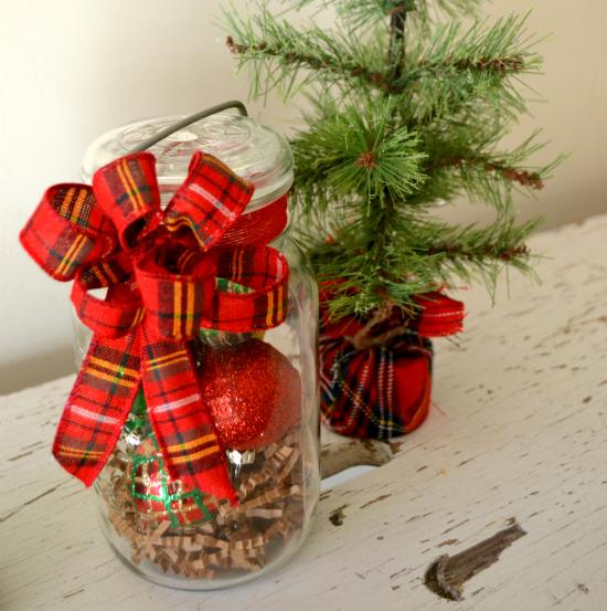 Make a DIY Vintage Jar Holiday Hostess Gift