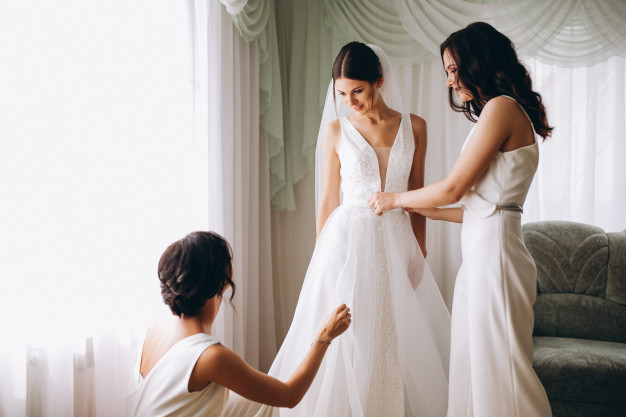Top Tips to Choose the Perfect Wedding Dress