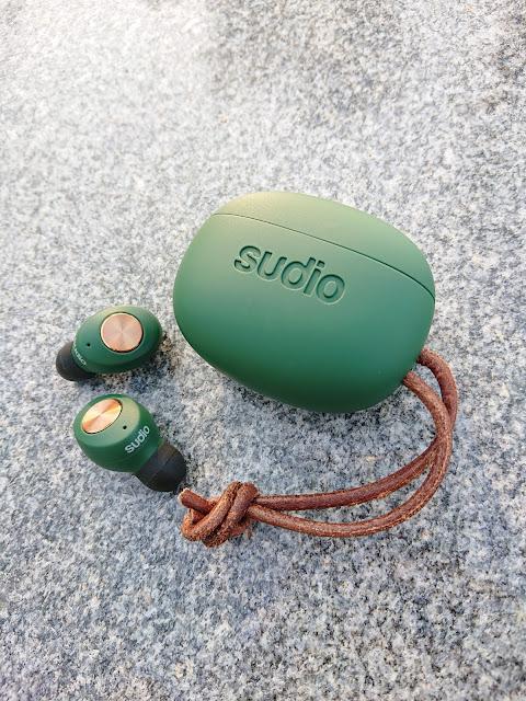 Sudio的石墨烯真無線藍芽耳機Tolv
